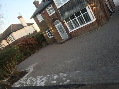 gravel driveways stockport
